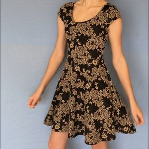 VIBE LACE QUILTED DRESS ♤